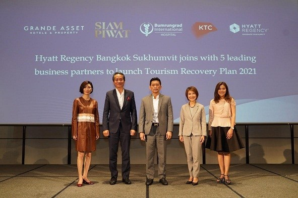 Hyatt Regency Bangkok Sukhumvit joins with 5 leading business partners to launch Tourism Recovery Plan 2021